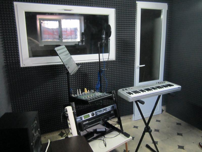 Как своими руками сделать студию